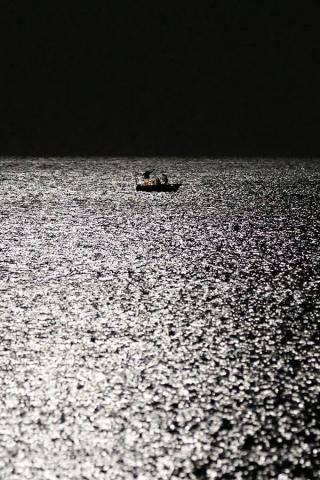 달빛 바다